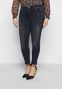 ONLY Carmakoma - CARWILLY LIFE RAW  - Jeans Skinny Fit - dark blue denim - 0