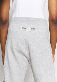 Juicy Couture - IVY - Pantalones deportivos - grey - 3