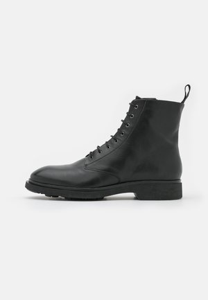 DEFENDER LACE UP BOOT  - Lace-up ankle boots - black