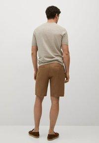 Mango - CARP - Shorts - tabac - 2