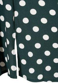 Zizzi - Tunic - scarab w. white dots - 6