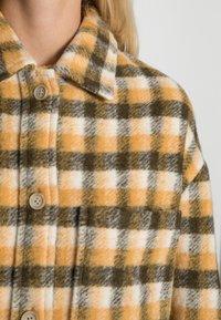 Marc O'Polo DENIM - Short coat - gingerbread - 4