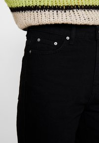 Gina Tricot - DAGNY HIGHWAIST - Relaxed fit jeans - black - 3