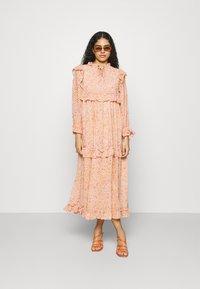 Stella Nova - BARBARA - Denní šaty - pink/orange - 1