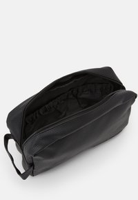Jack & Jones - JACJAY TOILETRY BAG - Kosmetiktasker - black