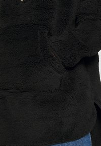 ONLY - ONLHENRIETTA LONG HALF ZIP - Hoodie - black - 5