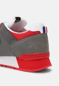 Colmar - Trainers - grey / red - 5