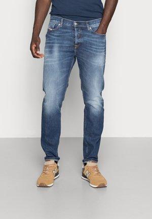 D-FINING - Zúžené džíny - blue denim