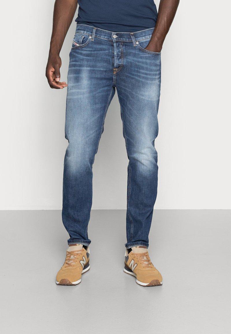 Diesel - D-FINING - Jeans Tapered Fit - blue denim