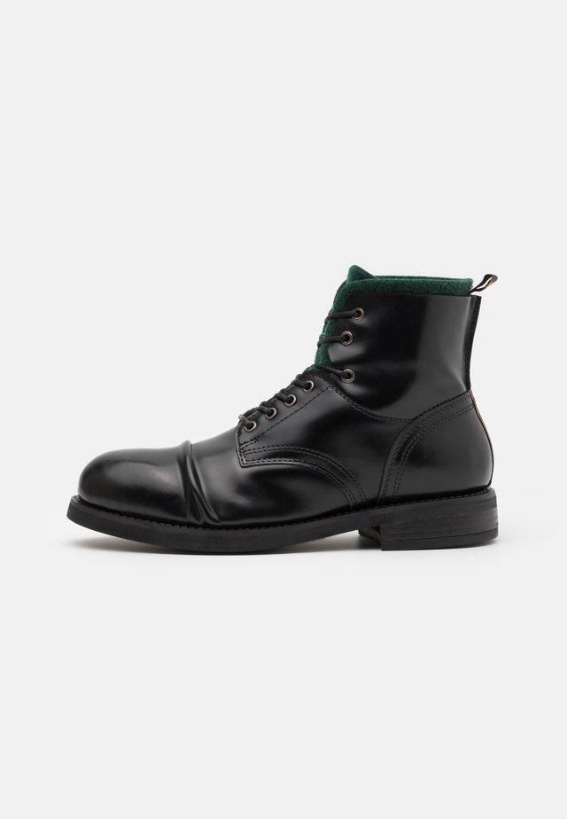 COLTAN - Šněrovací kotníkové boty - black
