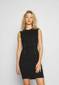 Guess - YSABEL DRESS - Jersey dress - jet black - 0