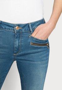 Mos Mosh - BERLIN SATIN JEANS - Slim fit jeans - blue - 3