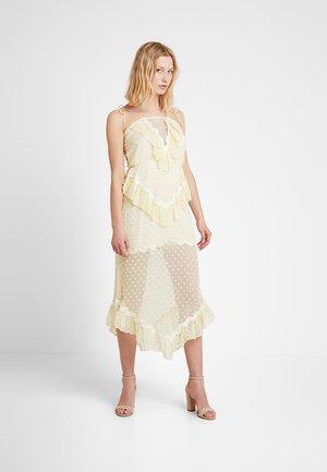 WONDERS DRESS - Cocktailklänning - butter