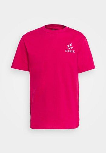 OVERSIZED AOKI TEE - Basic T-shirt - pink