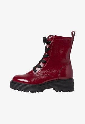 Platform ankle boots - dk scarlet pat
