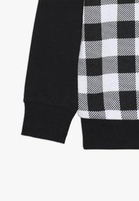 Champion - CHAMPION X ZALANDO CREWNECK - Sweatshirt - black/white - 4