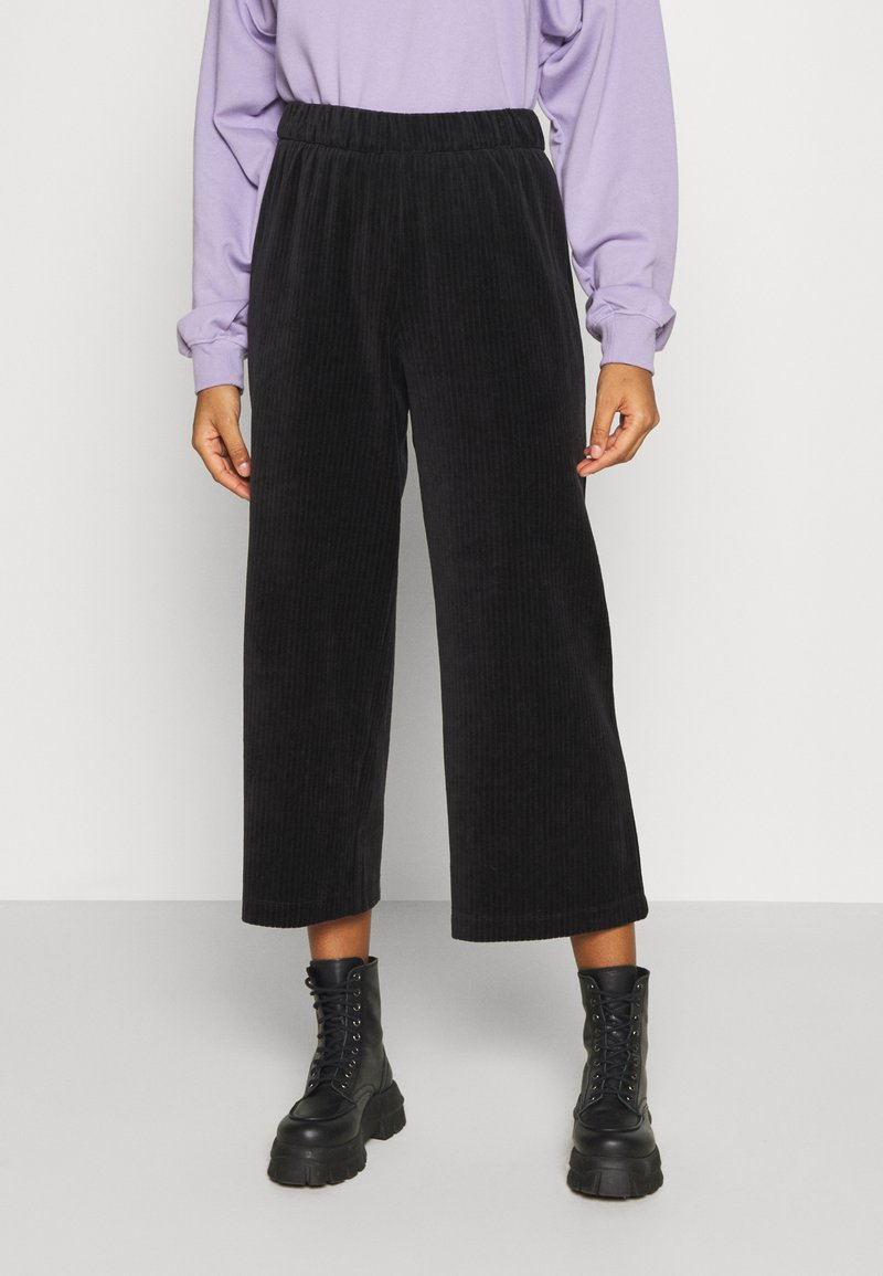 Monki - CORIE TROUSERS - Trousers - black dark