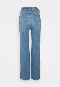Esprit - MED WIDE LEG - Flared Jeans - blue light wash - 1