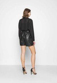ONLY - ONLVIYA  - Shorts - black - 2