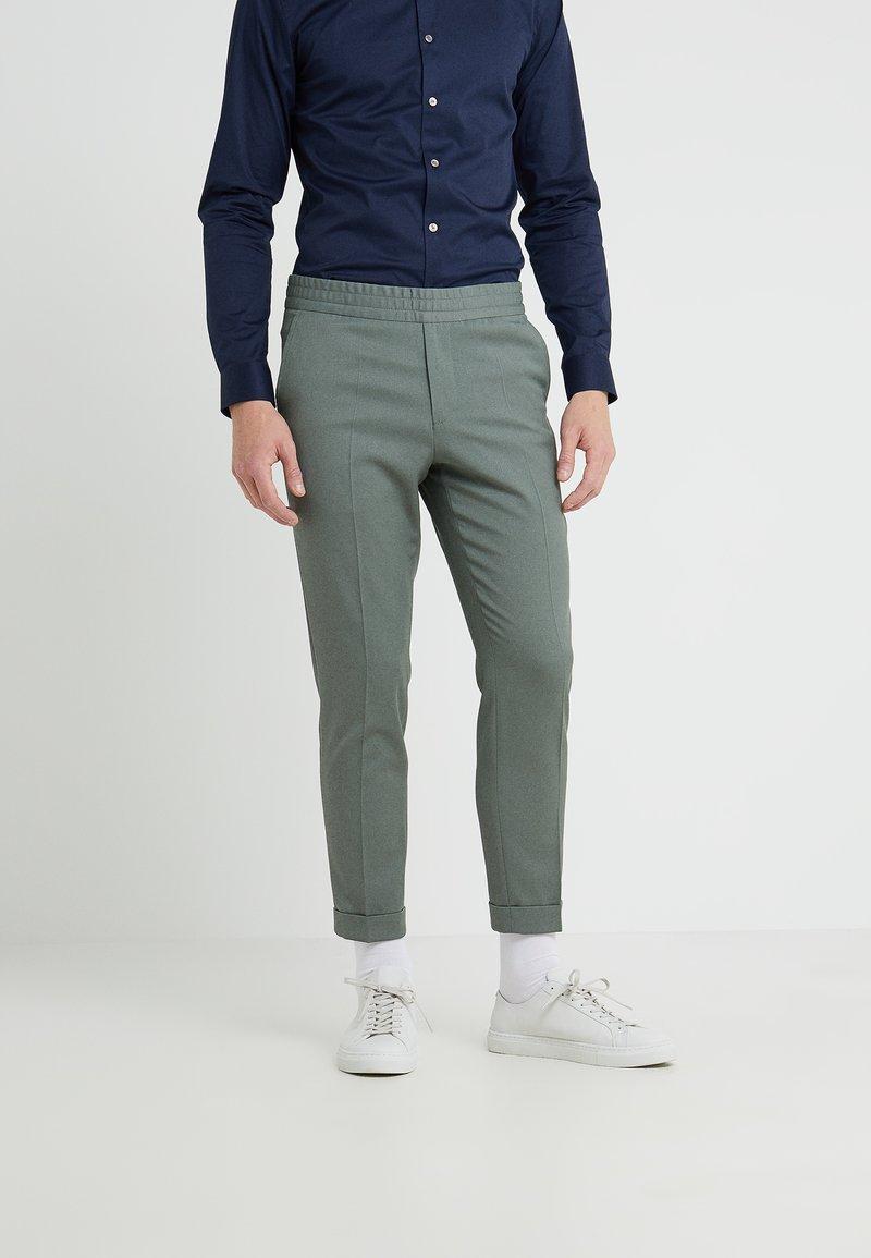 Filippa K - TERRY CROPPED PANTS - Trousers - platoone