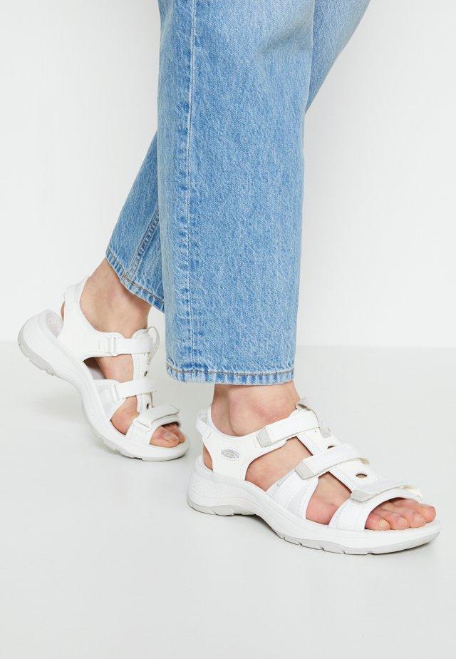 ASTORIA WEST OPEN TOE - Chodecké sandály - white