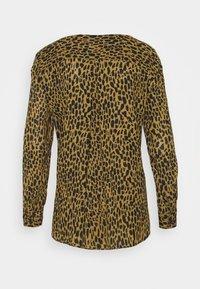 VILA PETITE - VILUCY SHIRT - Button-down blouse - butternut wild - 6