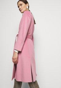 MAX&Co. - RUNAWAY - Klassinen takki - pink - 3