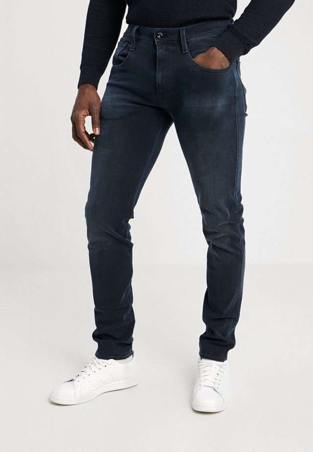 HYPERFLEX + ANBASS - Jeans slim fit - blue/black denim