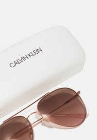 Calvin Klein - UNISEX - Sunglasses - rose gold-coloured/pink - 2