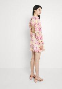 Gina Tricot - SONJA DRESS - Korte jurk - pink - 2
