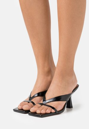 BABETH - Sandalias de dedo - brillant noir