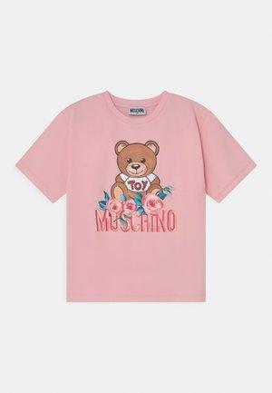 MAXI - T-shirt imprimé - sugar rose
