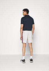 Michael Kors - MODERN SEERSUCKER - Shorts - opal - 2
