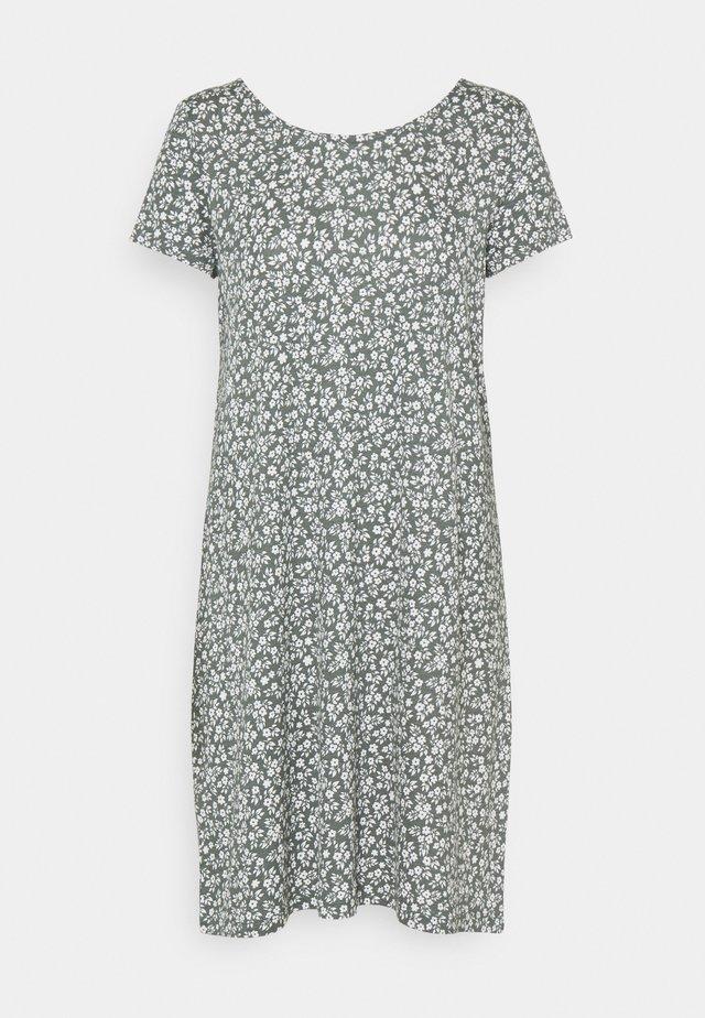 ONLBERA BACK DRESS - Sukienka z dżerseju - balsam green