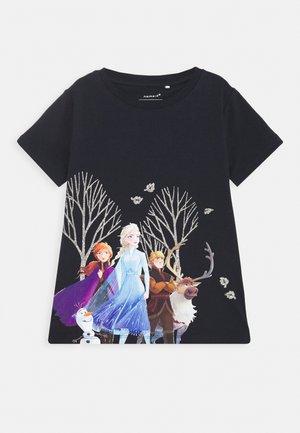 NMFFROZEN - Print T-shirt - dark sapphire
