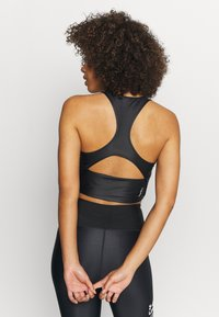 Under Armour - ISO CHILL CROP TANK - Top - black - 2