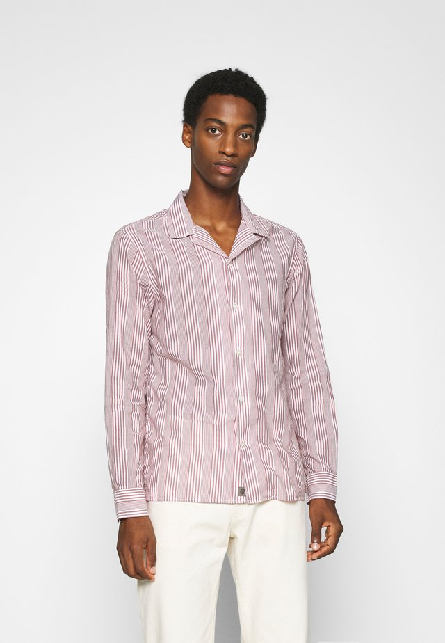 STRIPE CAMP  - Shirt - raspberry