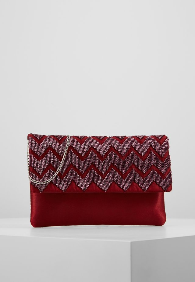 Clutch - ruby red