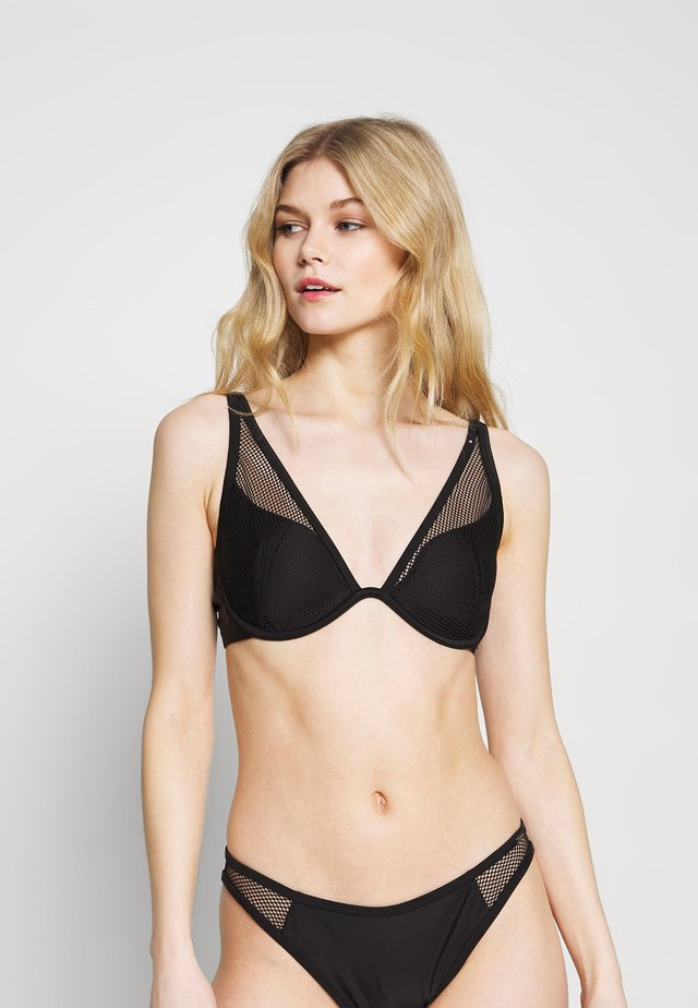 ZANTE HIGH APEX - Bikini top - black