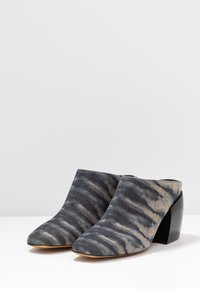 By Malene Birger - LYLA - Pantofle na podpatku - dark grey - 4