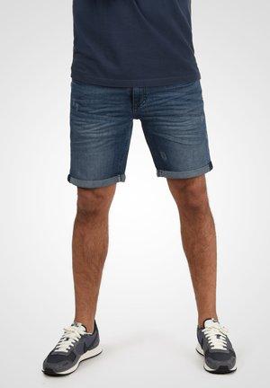 LUKE - Denim shorts - blue denim