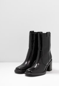 Kennel + Schmenger - RENA - Classic ankle boots - black - 4