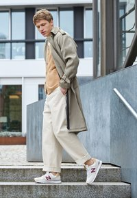 New Balance - Sneakers - beige - 1