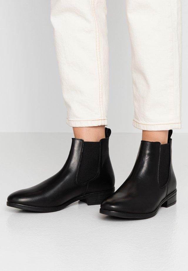 WICOENI - Kotníková obuv - black