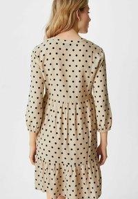 C&A - Day dress - beige - 1