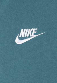 Nike Sportswear - CLUB HOODIE - Hoodie - ash green/white - 2