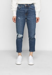 New Look Petite - BUSTED MOM LUCIOUS - Relaxed fit jeans - blue - 0