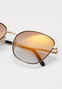 Marc Jacobs - Occhiali da sole - gold-coloured - 1