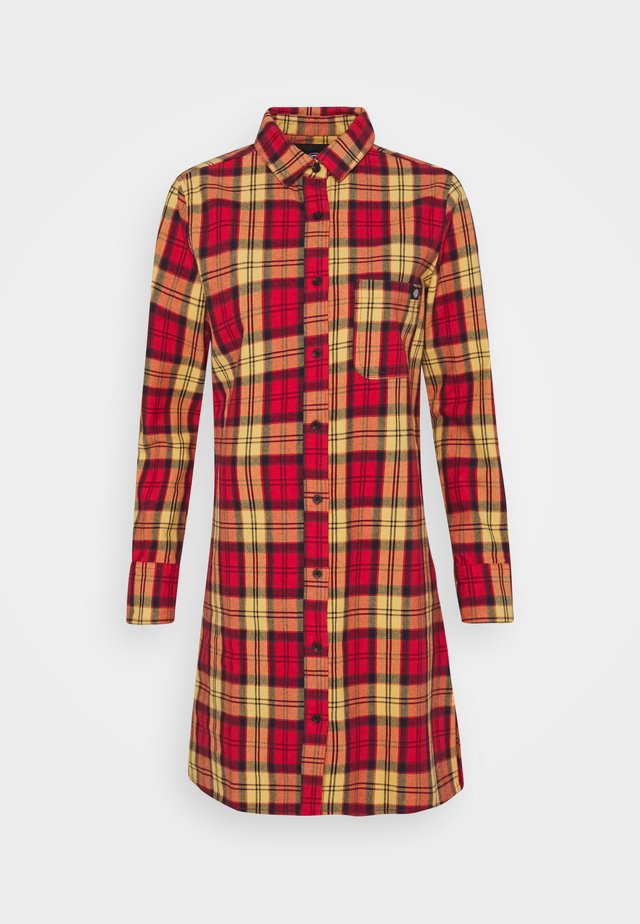 NEW IBERIA DRESS - Blusenkleid - fiery red