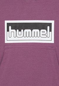 Hummel - MONO HOODIE UNISEX - Hoodie - chinese violet - 2